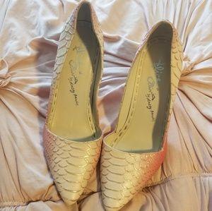 Alice + Olivia ombre heels